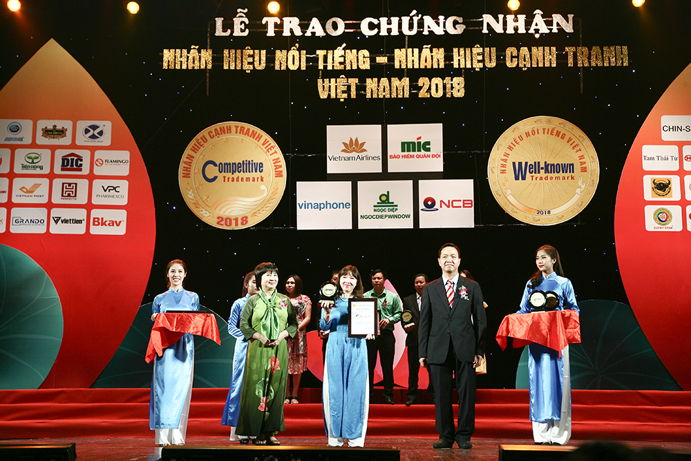 """DCL: Vicancap honored as """"Vietnamese famous brand in 2018"""
