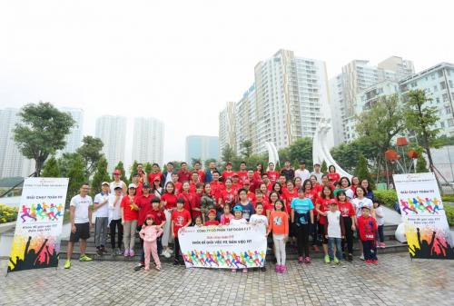FIT organizes the Group Run Competition to celebrate 20/10