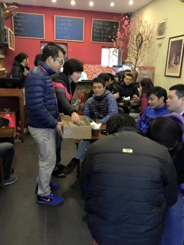 """F.I.T tổ chức lớp học """"Nghệ thuật bán hàng"""" cho toàn hệ thống"""
